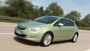 Opel Astra 1.4 Turbo, Seitenansicht