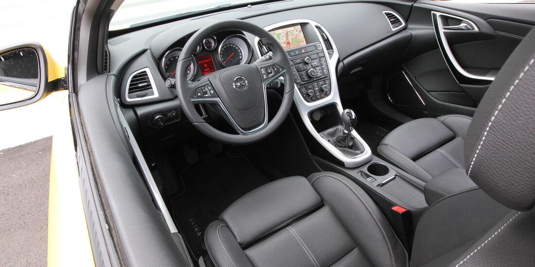 Opel Astra GTC 1.4 Turbo, Cockpit, Lenkrad
