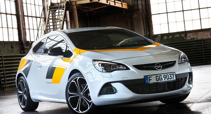 Opel Astra GTC Motorsportlook