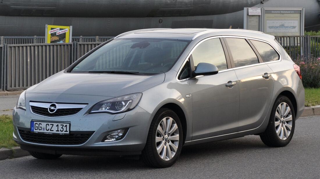 Opel Astra Sports Tourer 2.0 CDTi, Frontansicht