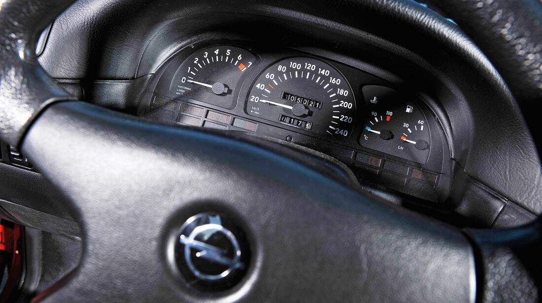 Opel Calibra 2.0i, Rundinstrumente, Lenkrad