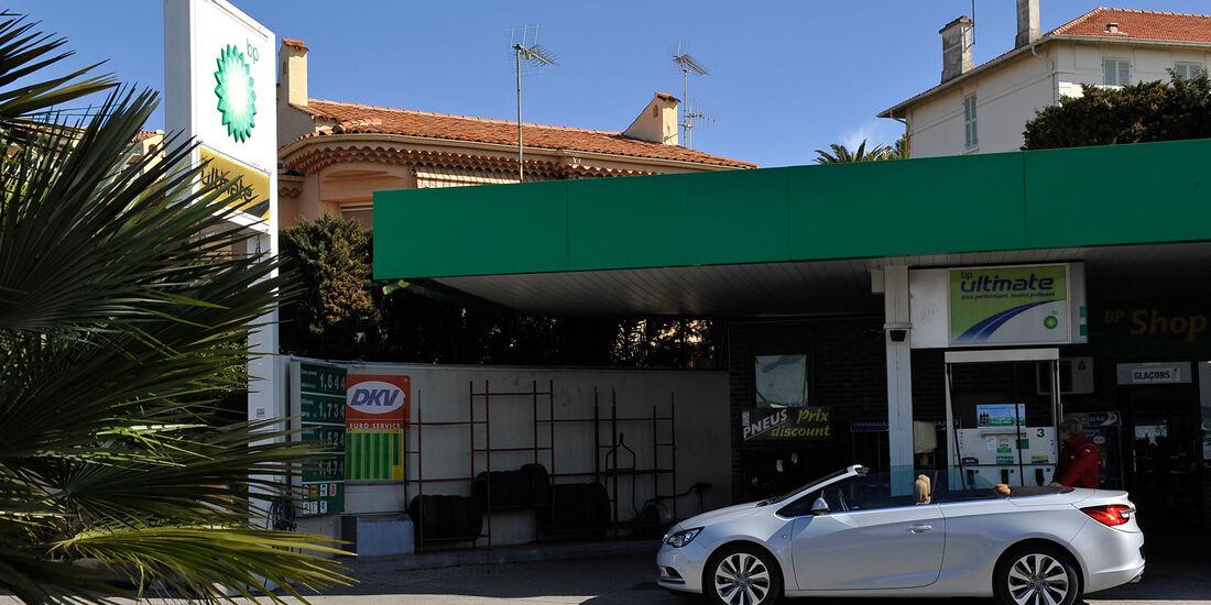Opel Cascada, Seitenansicht
