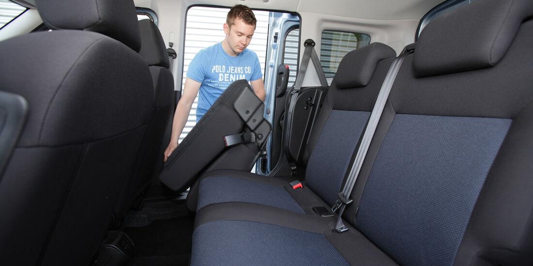 Opel Combo, Rücksitze Umklappen