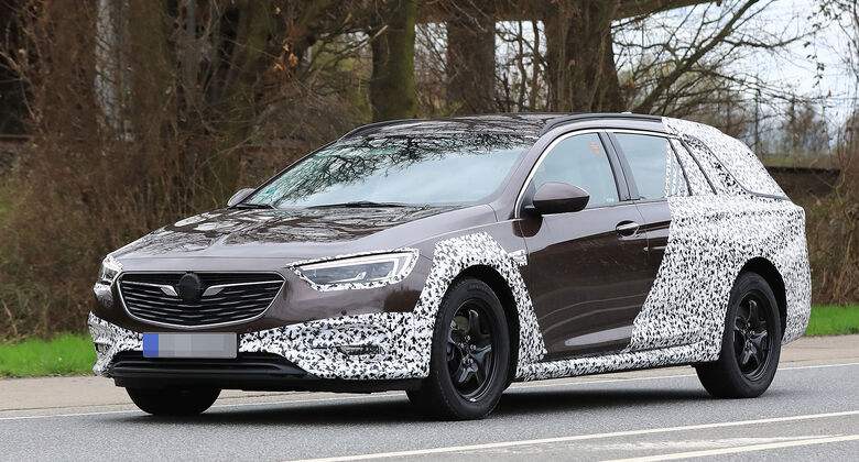Opel Insignia Country Tourer Erlkönig