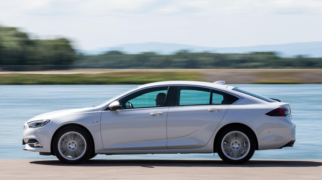 Opel Insignia Grand Sport 2.0 D Business Innovation, Außenansicht
