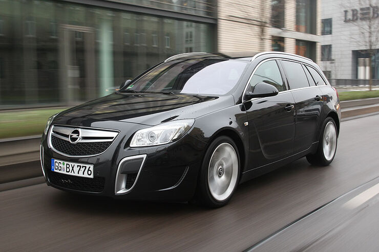 opel insignia sports tourer opc 2010 im test auto. Black Bedroom Furniture Sets. Home Design Ideas