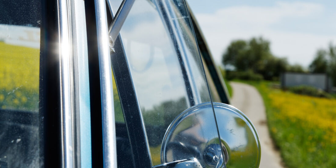 Opel Rallye Kadett 1100 SR, Seitenspiegel