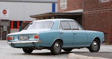 Opel Rekord C, Heckansicht