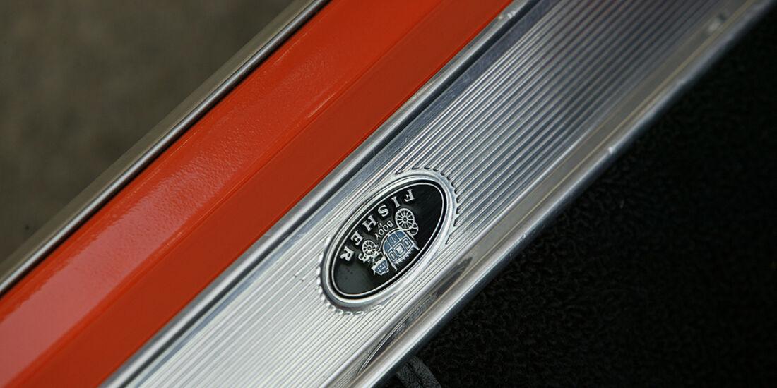 Orangener Pontiac GTO - Einstiegsleiste