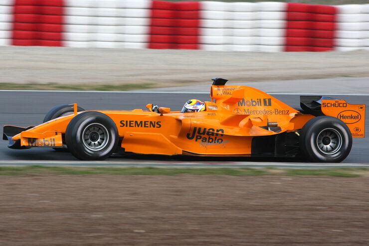 Pablo-Montoya-McLaren-MP4-21-Test-Barcelona-2006-fotoshowBig-64a925b1-923395.jpg