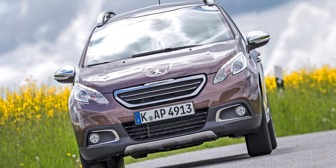 Peugeot 2008 120 VTi, Frontansicht