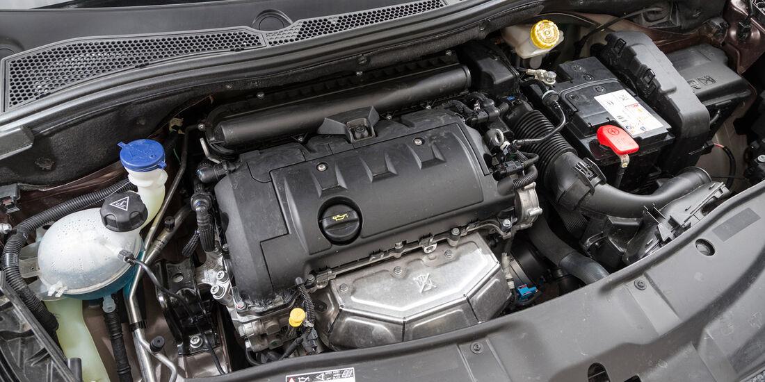 Peugeot 2008 120 Vti, Motor