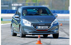 Peugeot 208 GTi, Frontansicht, Slalom