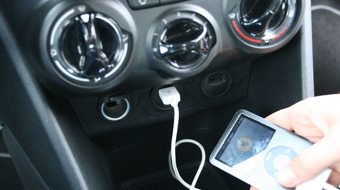 Peugeot 208, Innenraum-Check, iPod USB