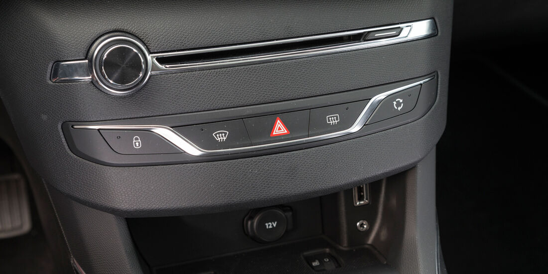 Peugeot 308 125 THP, Mittelkonsole