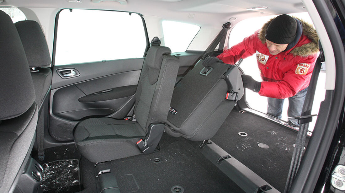 Peugeot 308 SW HDi FAP 140 Platinum Innenraum