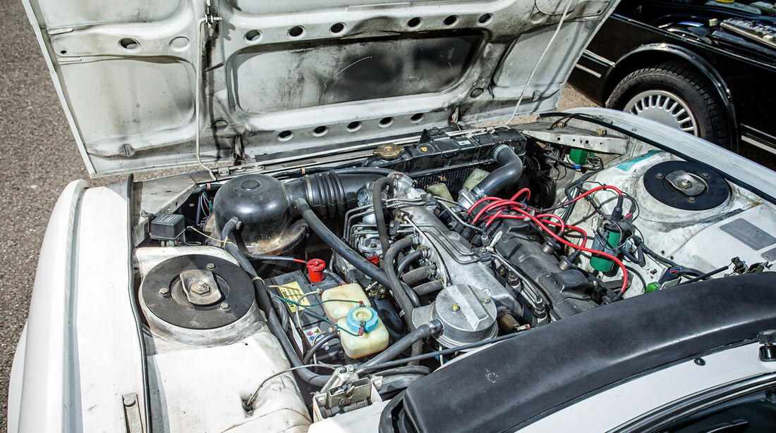 Peugeot 504 TI Cabrio, Motor