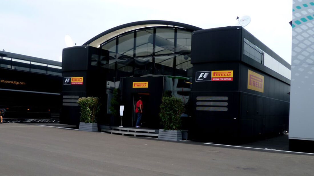 Pirelli-Motorhome - GP Italien - 8. September 2011