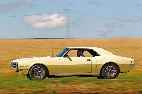 Pontiac Firebird 400 Coupe Serie 223, Seitenansicht
