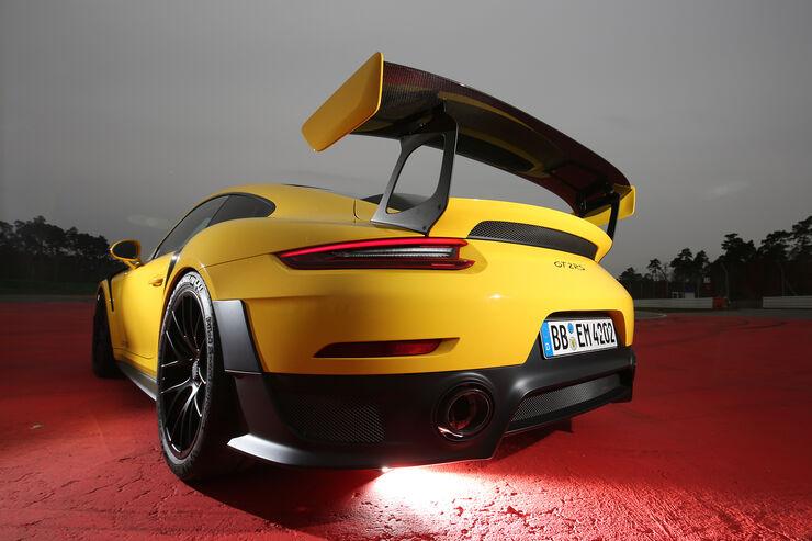 kba statistik sportwagen neuzulassungen mai 2018 auto motor und sport. Black Bedroom Furniture Sets. Home Design Ideas
