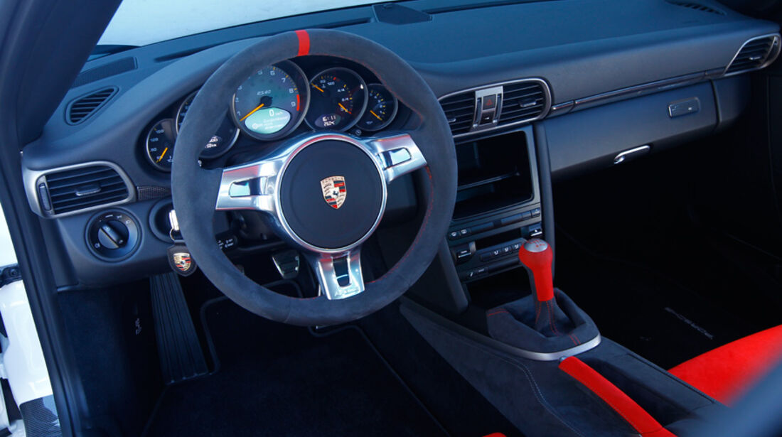 Porsche 911 GT3 RS 4.0, Cockpit