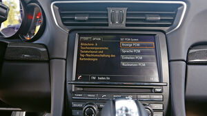 Porsche 911 Turbo S, Infotainment
