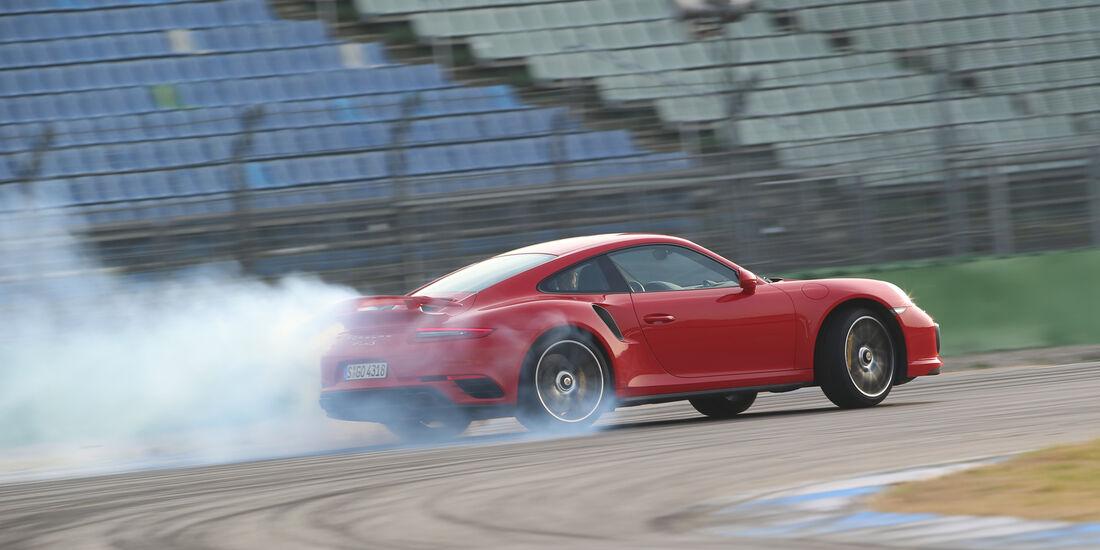 Porsche 911 Turbo S, Seitenansicht, Driften