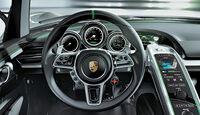 Porsche 918 Spyder Cockpit
