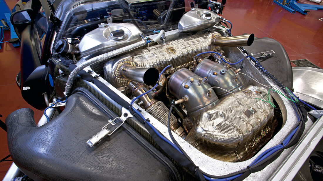 Porsche 918 Spyder, V8-Motor