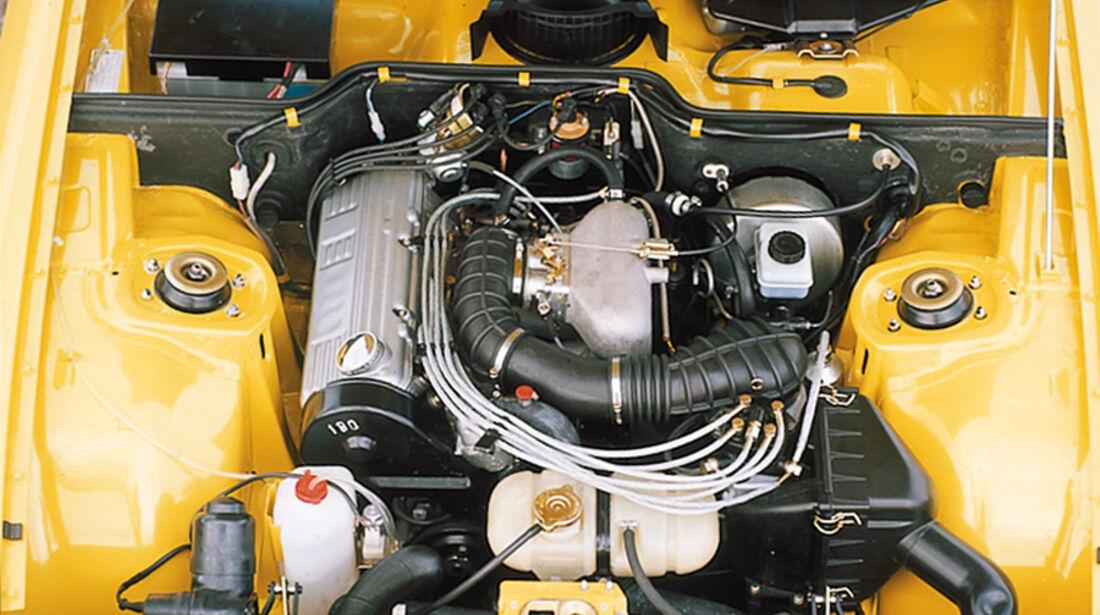 Porsche 924, Motor