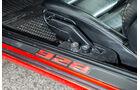 Porsche 928 GT, Fußleiste