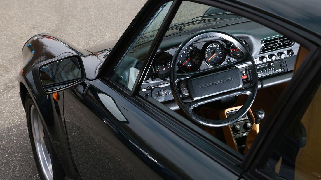 Porsche 930 Turbo, Cockpit