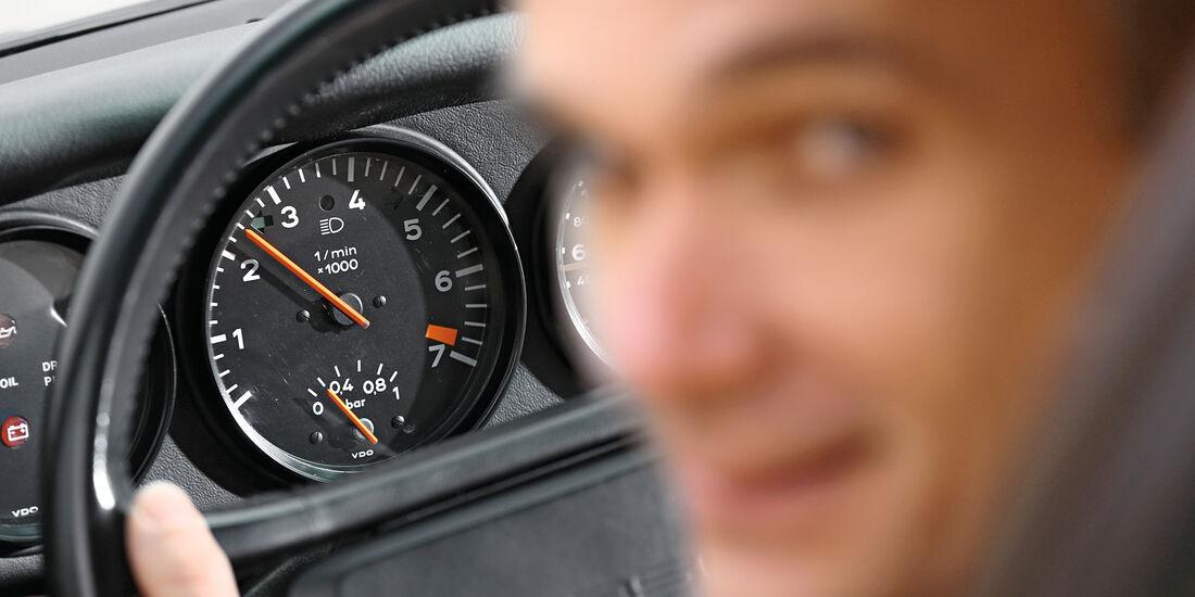 Porsche 930 Turbo, Rundinstrumente