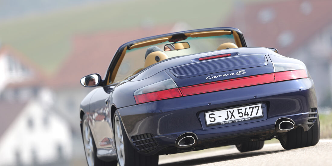 Porsche 964, Heckansicht