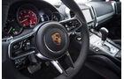 Porsche Cayenne GTS 2015, Cockpit, Lenkrad