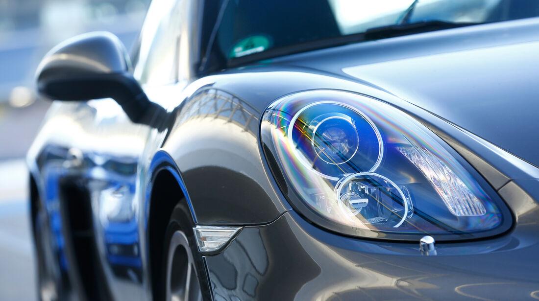 Porsche Cayman S, Frontscheinwerfer