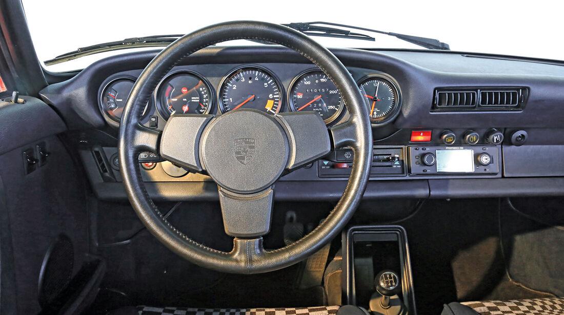 Porsche G-Modell,  Cockpit