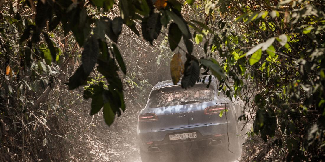 Porsche Macan Heck Nah