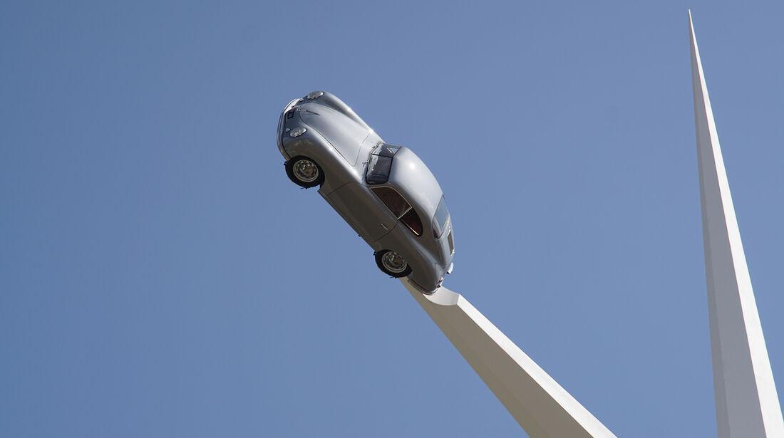 Porsche-Skulptur 70 Jahre Porsche