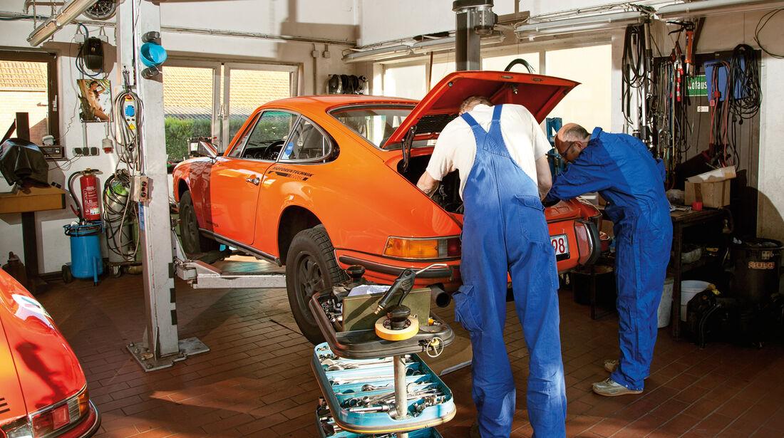 Porsche, Werkstatt, Hebebühne