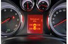 Praxistest, Opel Astra Sportstourer 1.4 Turbo, Anzeige