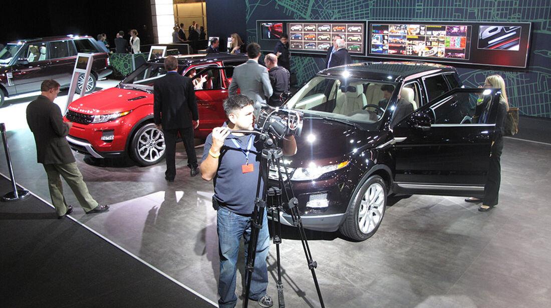 Range Rover Messestand