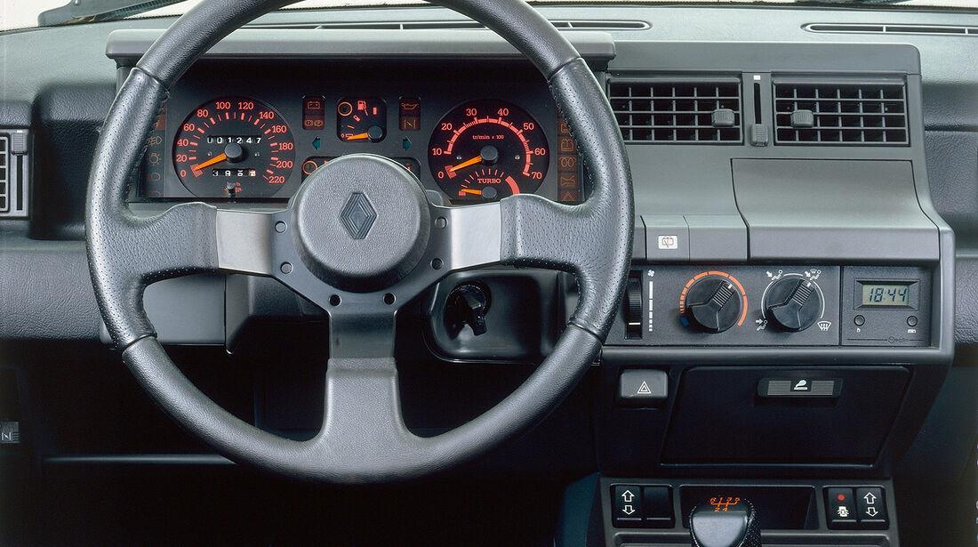 Renault 5 GT Turbo, Cockpit