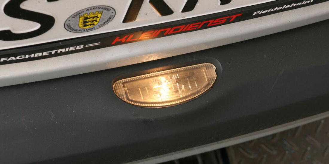 Renault Clio, Kennzeichenbeleuchtung