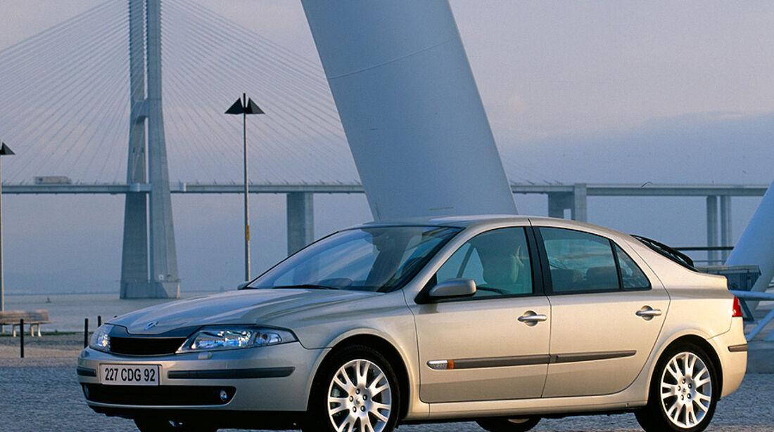 Renault Laguna, E10
