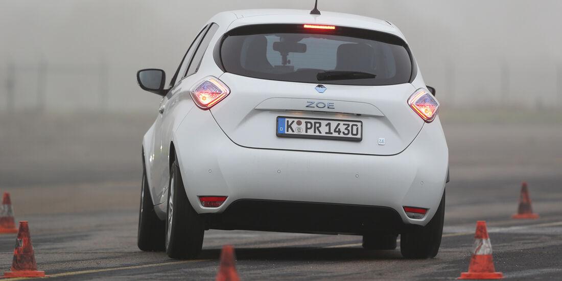 Renault Zoe, Heckansicht, Slalom