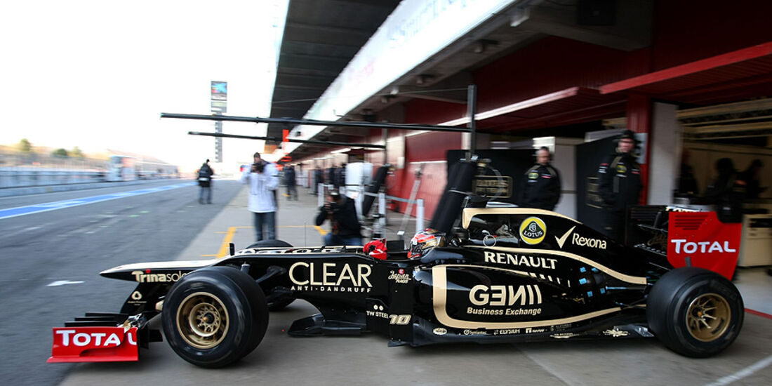 Romain Grosjean Lotus F1 Test 2012 Barcelona