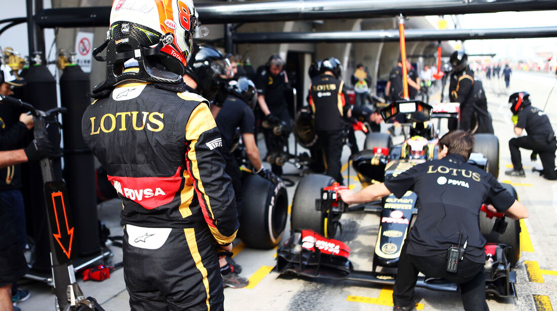 Romain Grosjean - Lotus - Formel 1 - GP China - Shanghai - 10. April 2015