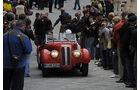 Roter BMW 328 auf der Mille Miglia