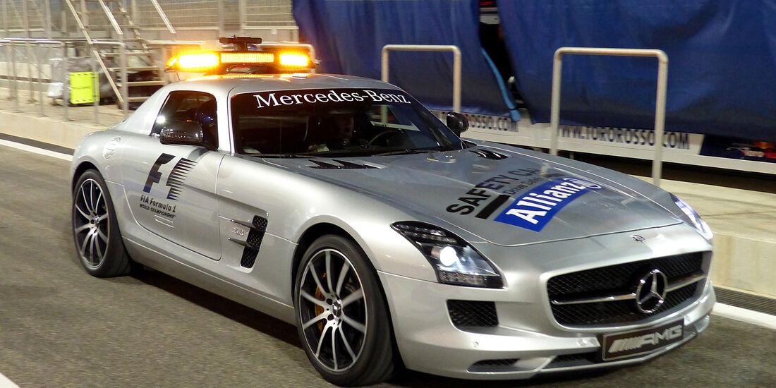 Safety-Car - Formel 1 - GP Bahrain - Sakhir - 3. April 2014